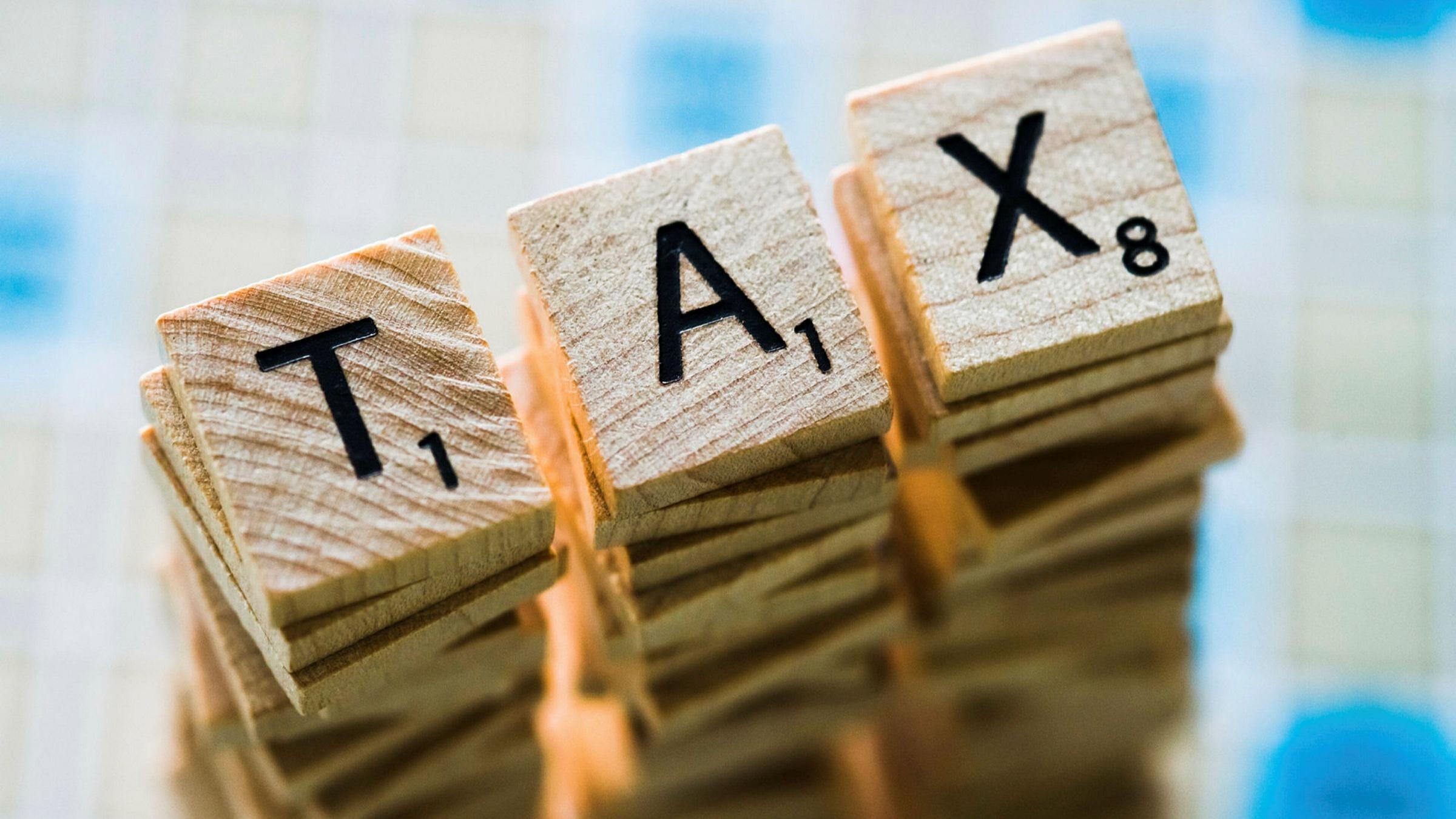 cách phân biệt khái niệm về thuế, phí, lệ phí 2