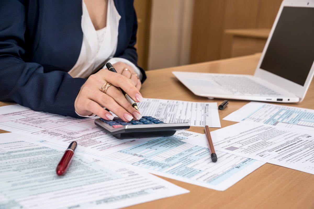 Doanh nghiệp nộp thuế TNCN thay cho người lao động